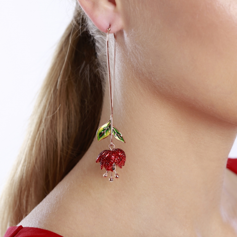 Earrings rose on a teardrop