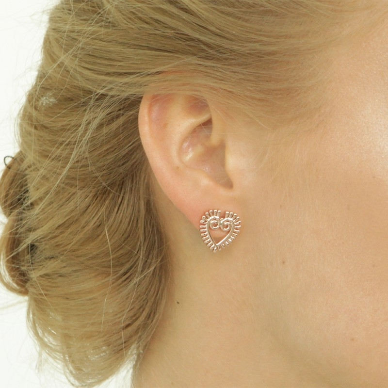 Rose gold small heart earrings