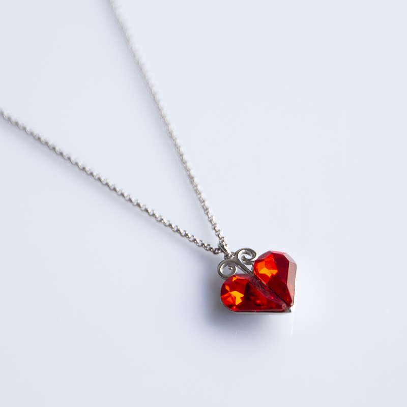 FOLKIE Red heart pendant necklace